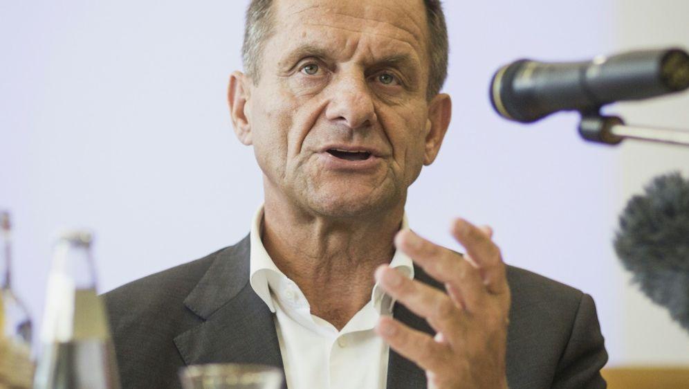 Alfons Hörmann kritisiert Sylvia Schenks Forderung - Bildquelle: PIXATHLONPIXATHLONSID