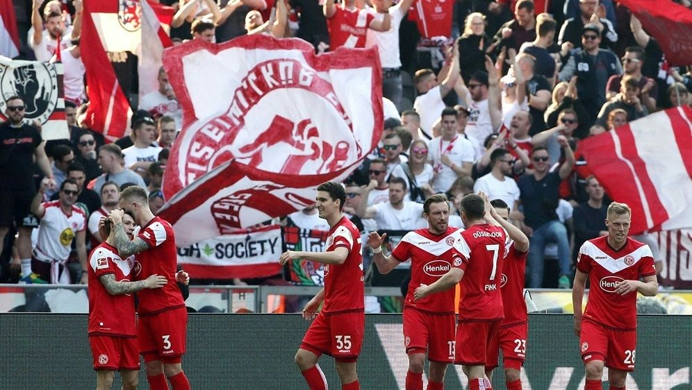 Düsseldorf feiert 2:1-Erfolg über Hannover - Bildquelle: PIXATHLONPIXATHLONSID