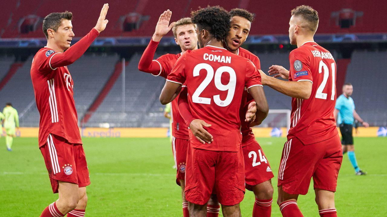 Bayern München (14 Spieler) - Bildquelle: Peter Schatz / Pool