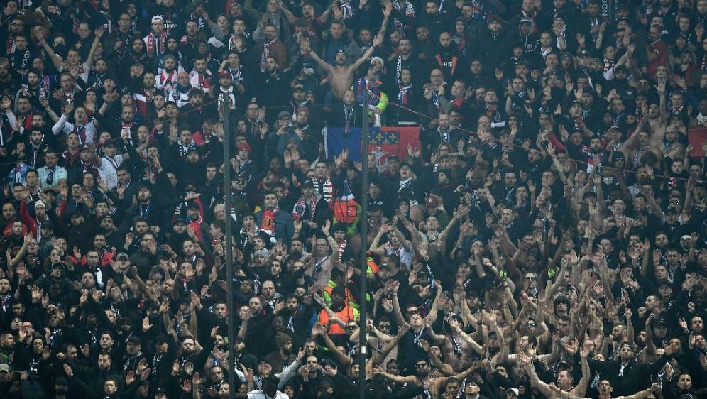 18 PSG-Fans wurden präventiv in Gewahrsam genommen - Bildquelle: AFPSIDPAUL ELLIS