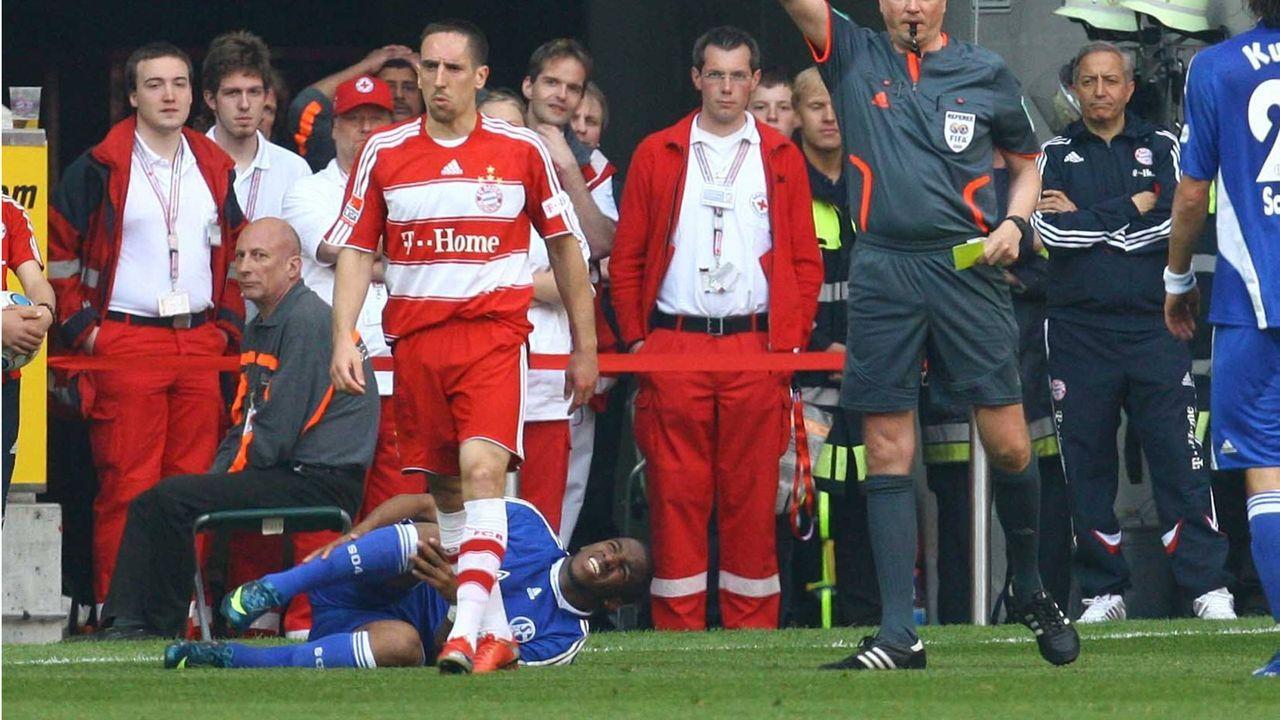 Ribery gegen Farfan (2009) - Bildquelle: imago