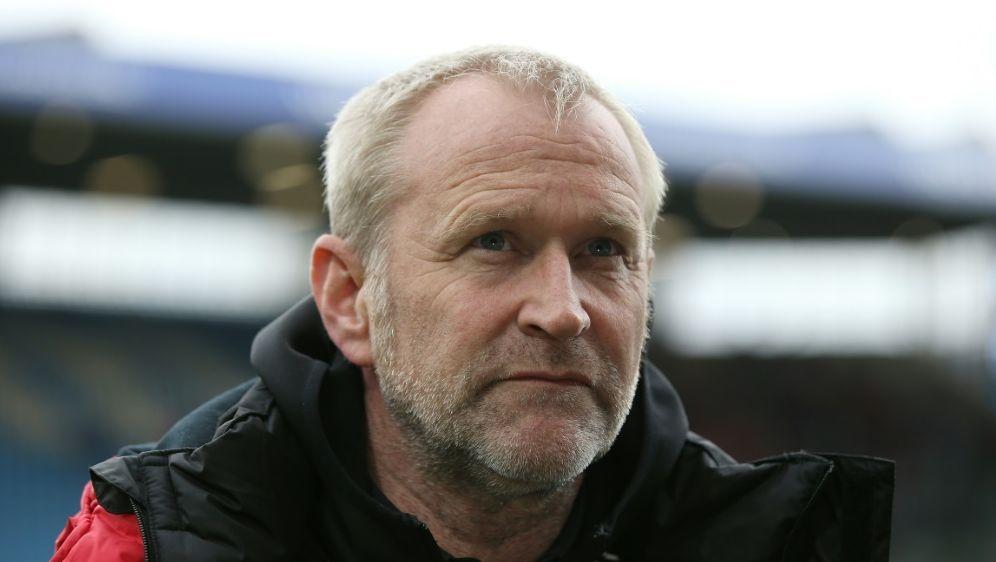 Kiels Sport-Geschäftsführer Uwe Stöver - Bildquelle: FIROFIROSID
