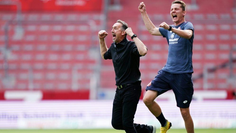 Niko Bungert (r.) war als Co-Trainer eingesprungen - Bildquelle: WagnerFIROWagnerFIROSIDWagner