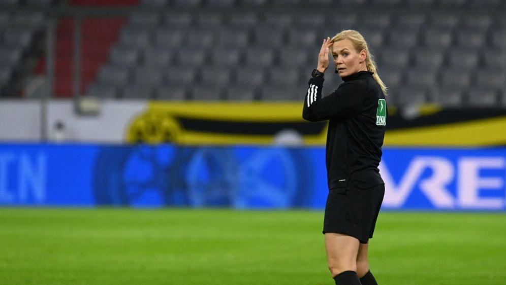 Einsatz im olympischen Finale: Bibiana Steinhaus-Webb - Bildquelle: AFPPOOLSIDCHRISTOF STACHE