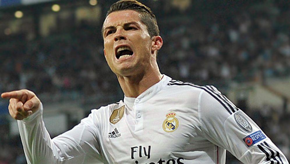 Nach Cl Triumph Ronaldo Verpasst Sich Neue Frisur