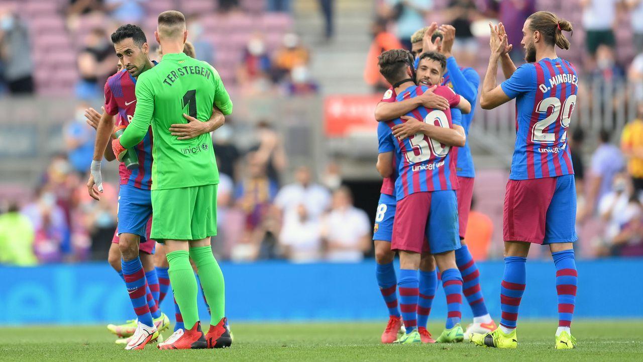 Platz 9 - FC Barcelona (Spanien) - Bildquelle: 2021 Getty Images