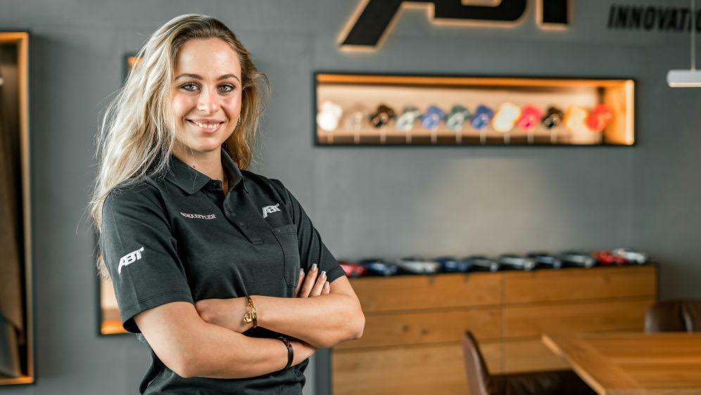 Sophia Flörsch startet in der DTM für das Team Abt - Bildquelle: ABT SPORTSLINEABT SPORTSLINEABT SPORTSLINE