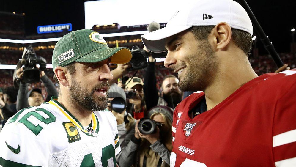 """Rodgers und Garoppolo: """"Wir sehen uns dann später."""" - Bildquelle: 2019 Getty Images"""