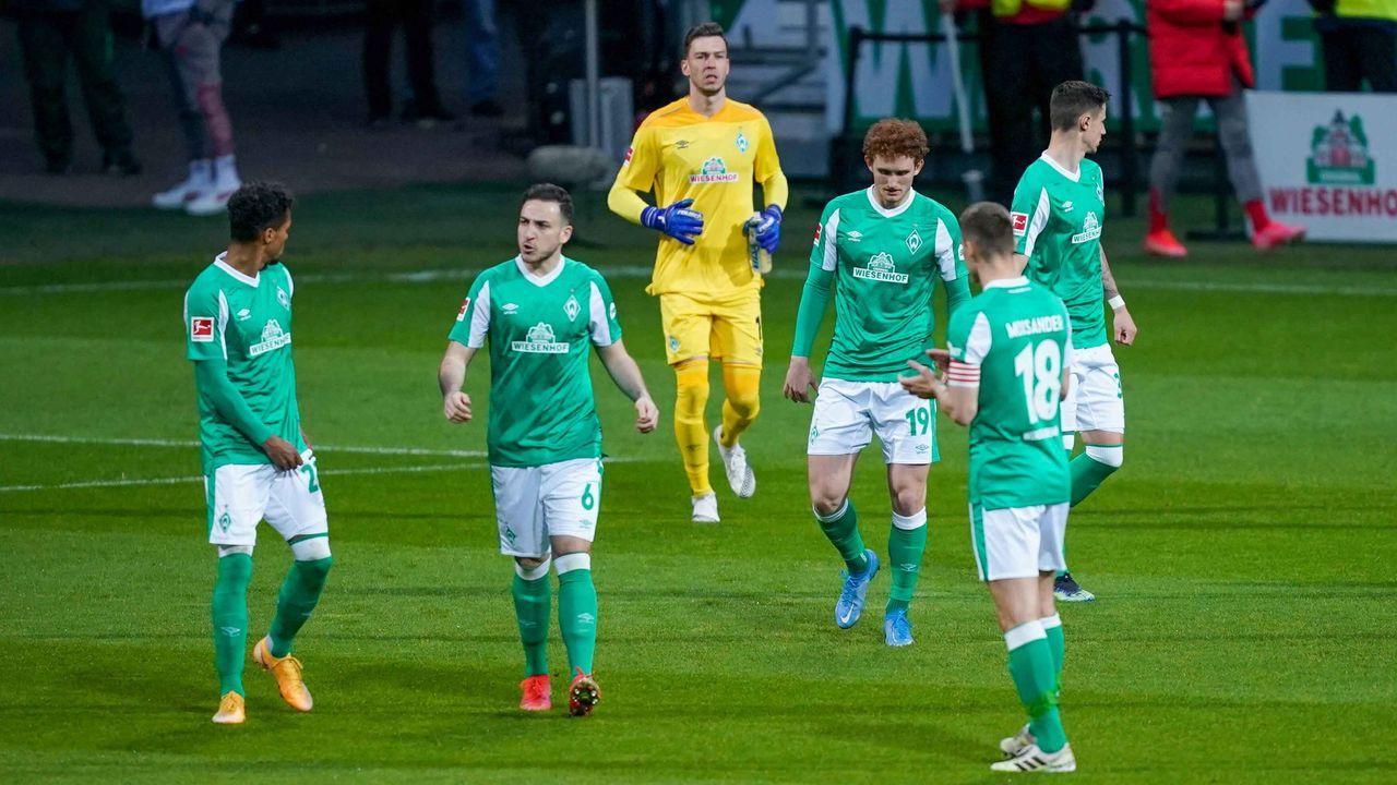 Platz 11: SV Werder Bremen (drei Spieler) - Bildquelle: imago images