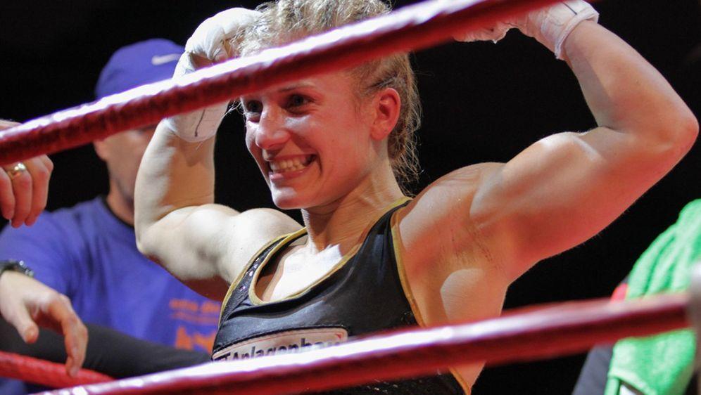Tina Rupprecht hat ihren WM-Titel im Minimumgewicht erfolgreich verteidigt - Bildquelle: Petkos