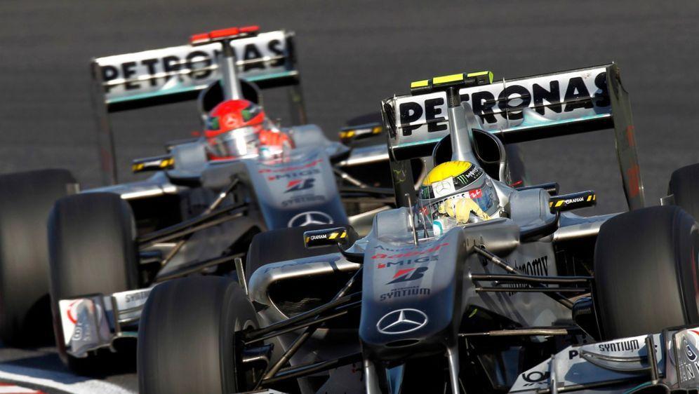 Neben Michael Schumacher hatte Nico Rosberg in seiner Anfangszeit bei Merced... - Bildquelle: Motorsport Images