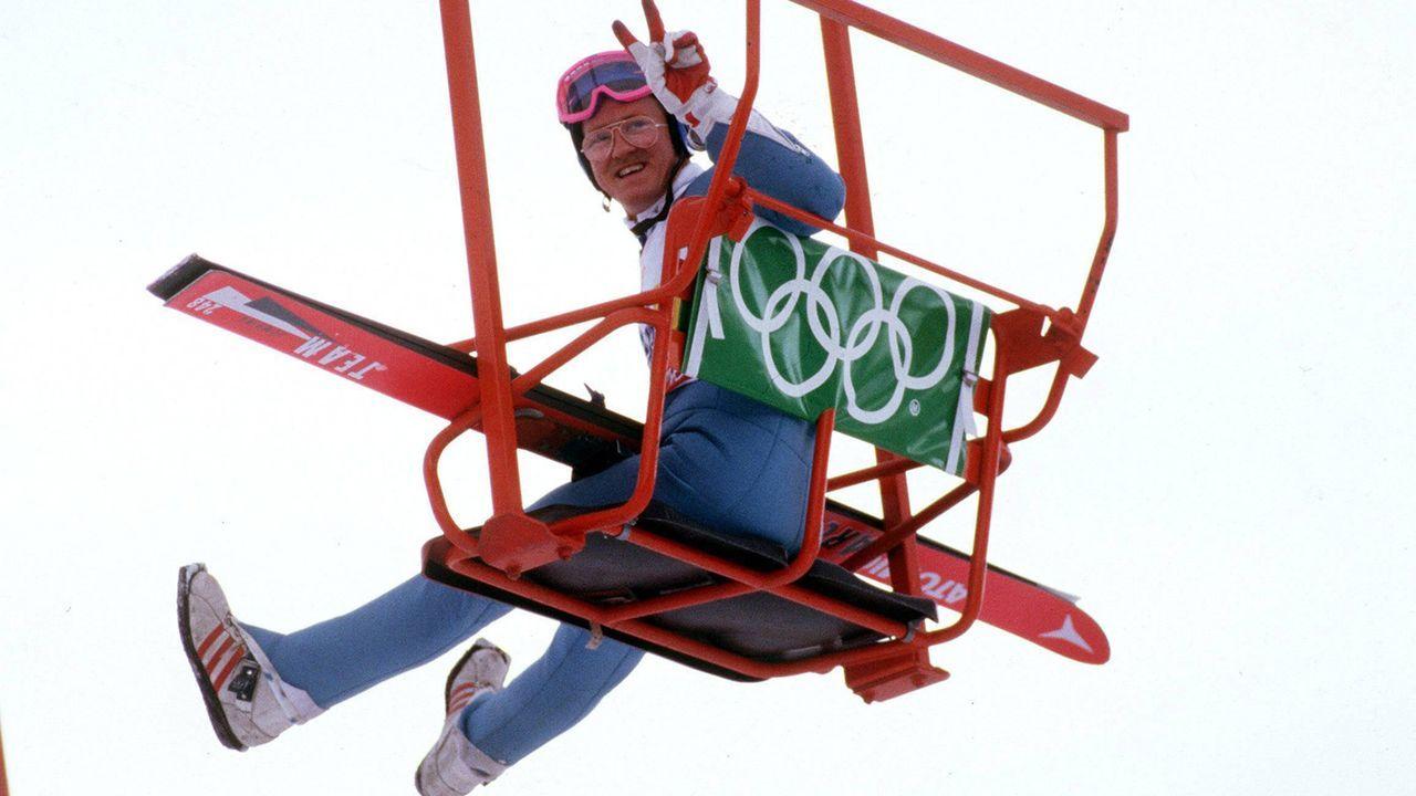 Eddie the Eagle startet bei Olympia in Calgary - Bildquelle: imago/Sven Simon
