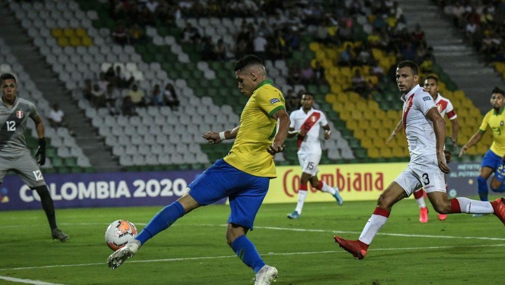Bayers Paulinho erzielt das Siegtor für Brasiliens U23 - Bildquelle: AFPSIDJUAN BARRETO