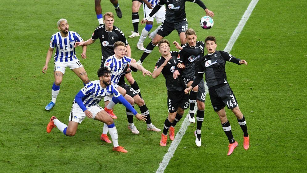 Hertha BSC gelang im Spiel gegen den SC Freiburg ein Big Point. - Bildquelle: Getty
