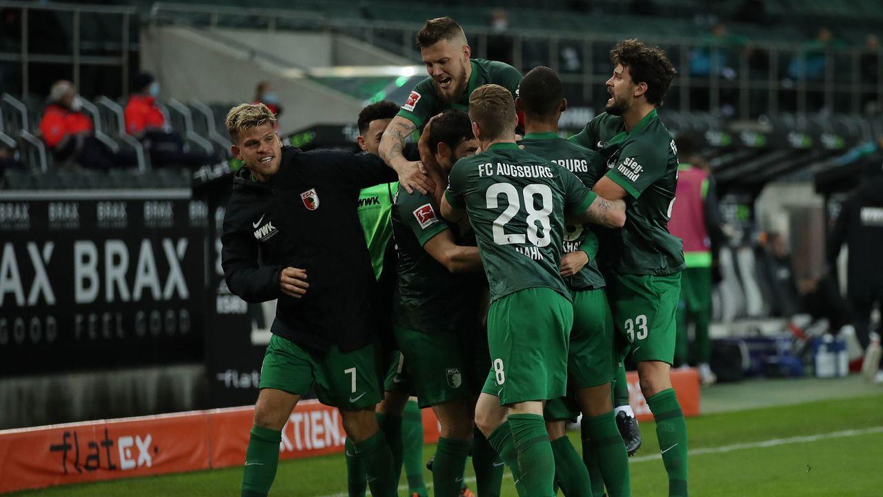 Platz 14: FC Augsburg - Bildquelle: Getty Images