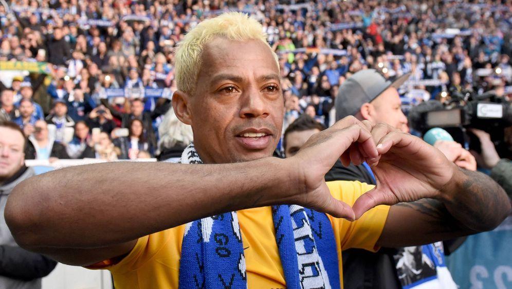 Marcelinho beendet nach 29 Profi-Jahren seine Karriere. - Bildquelle: 2017 imago
