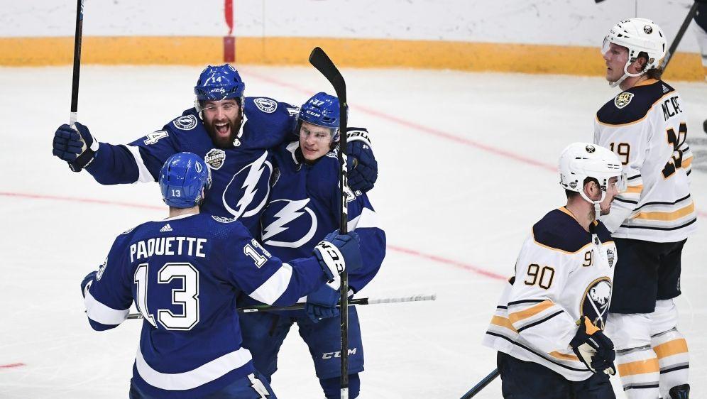 NHL um Draisaitl setzt Spielbetrieb aus - Bildquelle: AFPSIDJONATHAN NACKSTRAND