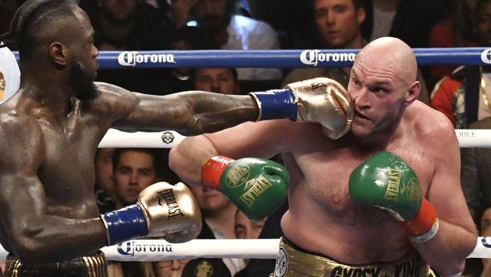 Tyson Fury bei dem Remis gegen Deontay Wilder. - Bildquelle: imago/ZUMA Press