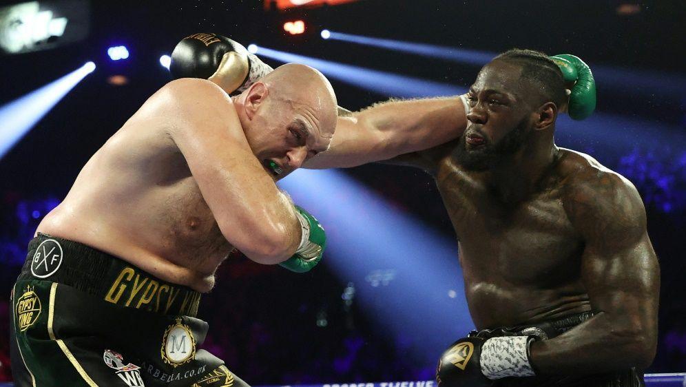 Dritter Kampf zwischen Wilder und Fury (l.) rückt näher - Bildquelle: AFPGETTY SIDAL BELLO