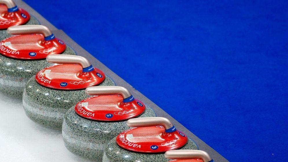 Deutsche Curlerinnen unterliegen WM-Gastgeber Schottland - Bildquelle: FIROFIROSID