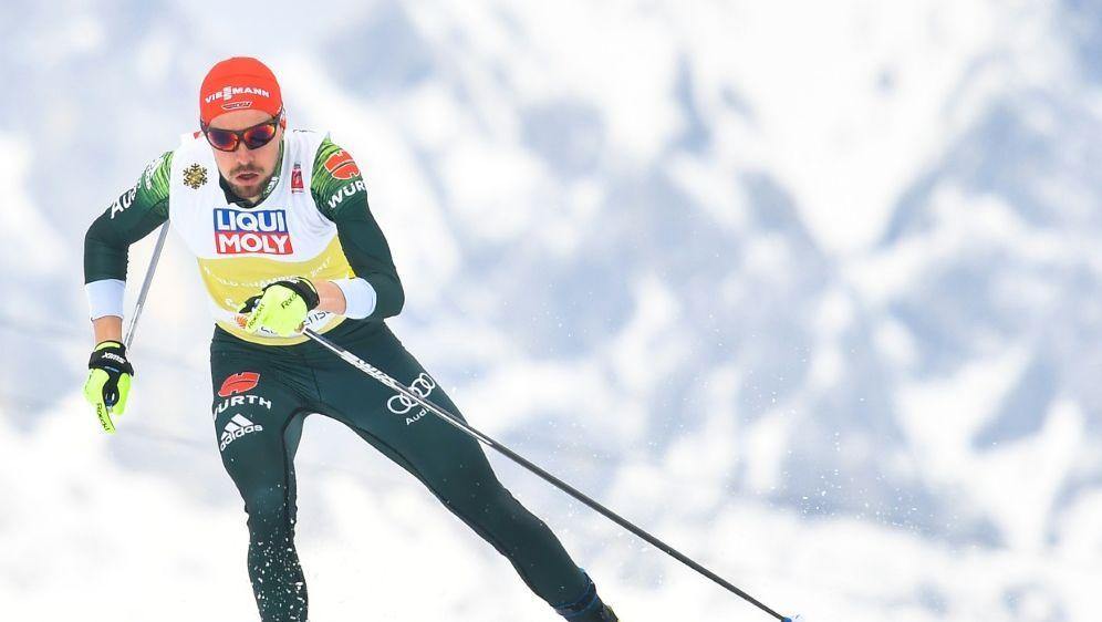 Johannes Rydzek muss verletzt pausieren - Bildquelle: AFPSIDJOE KLAMAR