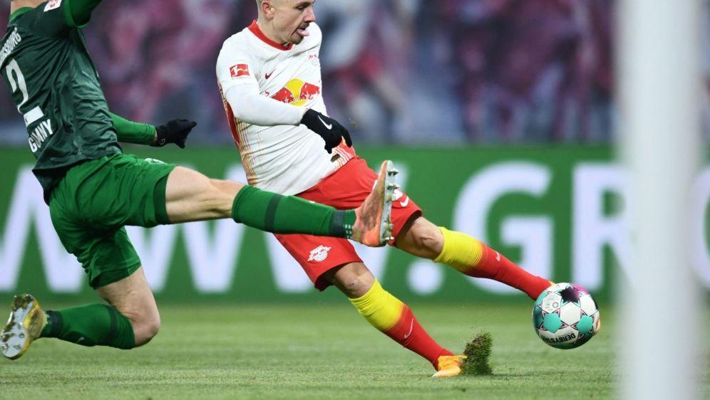 Muskelverletzung: Angelino (r.) fehlt RB weiter - Bildquelle: AFPSIDANNEGRET HILSE