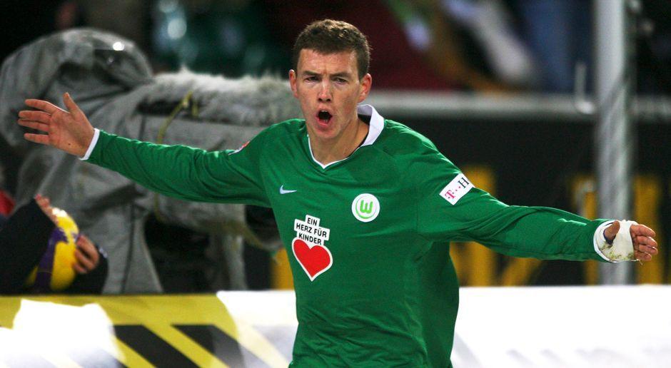 2007 - Edin Dzeko zum VfL Wolfsburg (4 Mio.) - Bildquelle: 2008 Getty Images