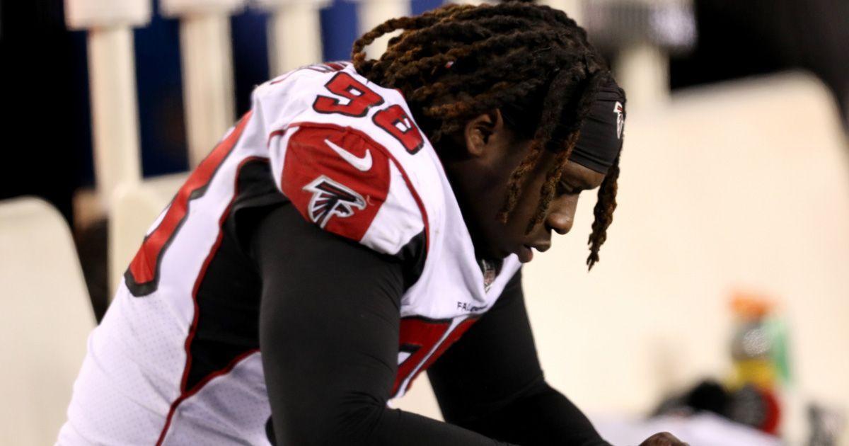 Atlanta Falcons: Takkarist McKinley (Defensive End, 26. Pick 2017) - Bildquelle: getty