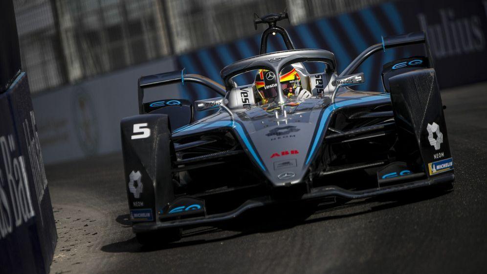 Ob Mercedes über 2022 hinaus in der Formel E bleibt, ist weiter offen. - Bildquelle: Motorsport Images
