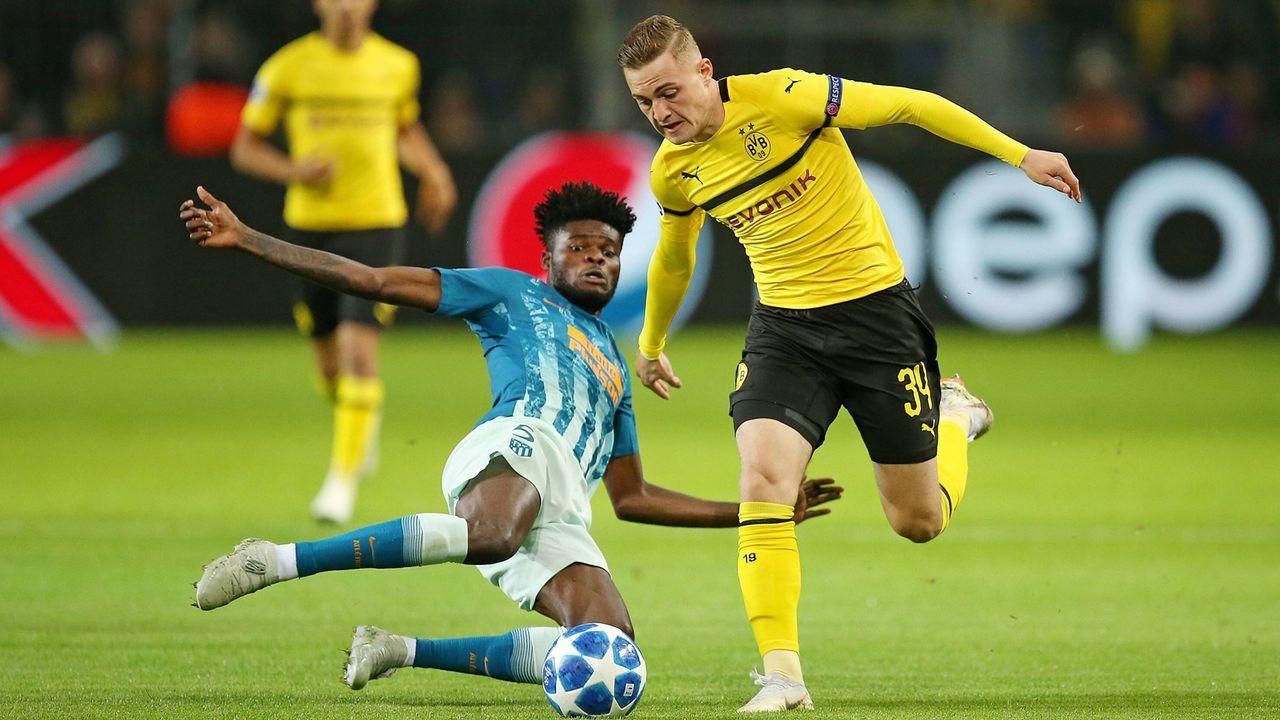 Offensives Mittelfeld: Jacob Bruun Larsen - Bildquelle: imago