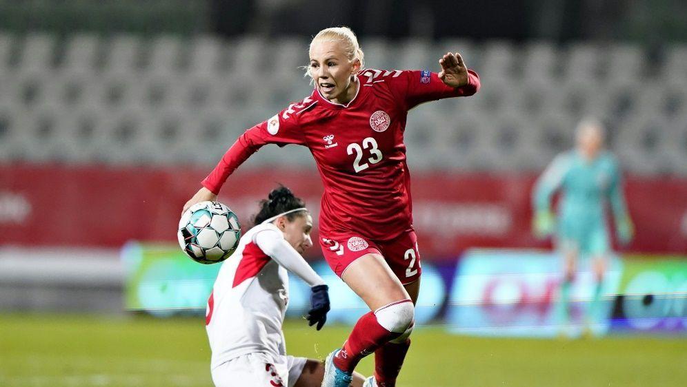 Svava (r.) spielt fortan für den VfL Wolfsburg - Bildquelle: Henning Bagger  Ritzau Scanpix  AFP SIDHENNING BAGGER