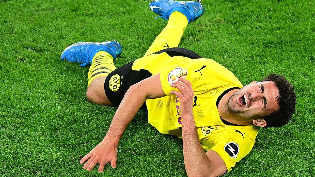 Mateu Moreys Verletzung schockt Borussia Dortmund - Bildquelle: Groothuis/Witters/Pool