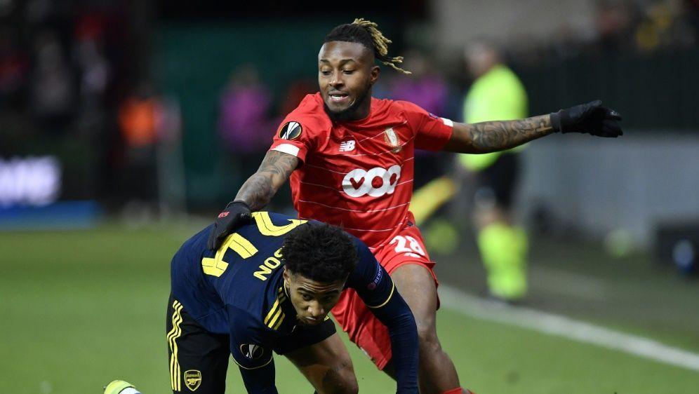 Arsenal stolpert in die Zwischenrunde - Bildquelle: AFPSIDJOHN THYS
