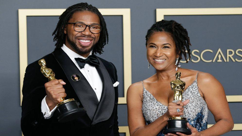 Ex-NFL-Profi Matthew Cherry gewinnt seinen ersten Oscar und gedenkt damit Ba... - Bildquelle: imago