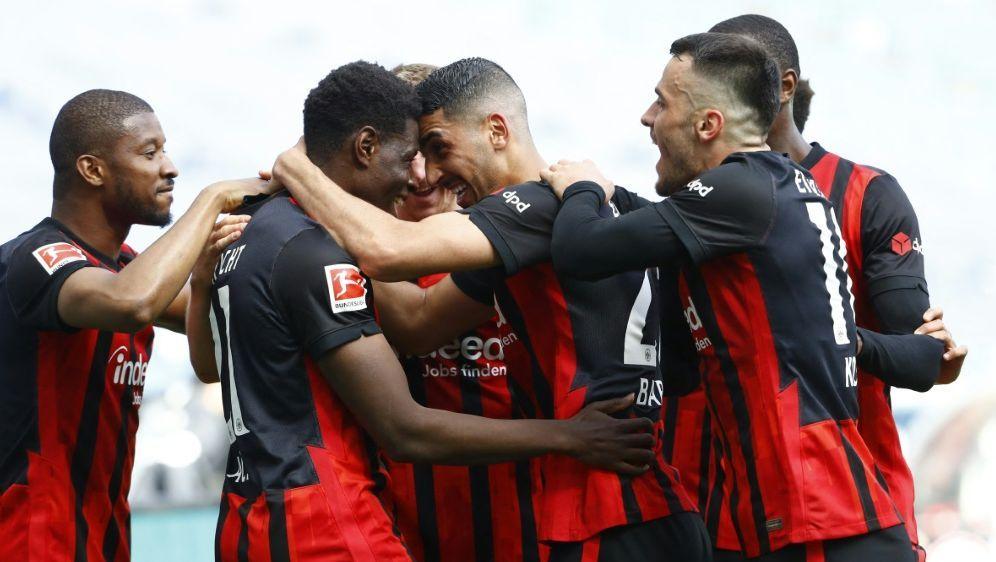 Die Frankfurter sollen auch in Zukunft Erfolge feiern - Bildquelle: AFPPOOLSIDKAI PFAFFENBACH