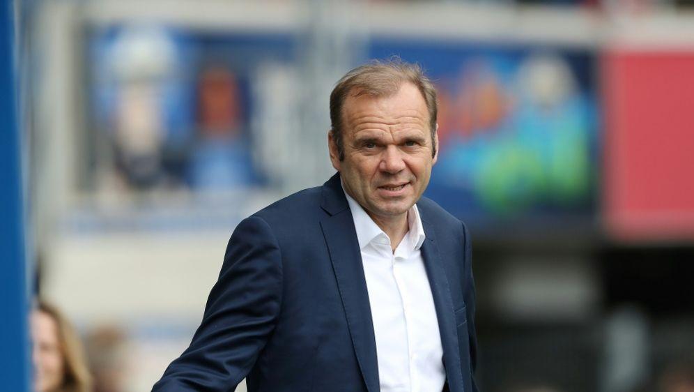 Hoffmann und der HSV wollen zurück in die Bundesliga - Bildquelle: FIROFIROSID