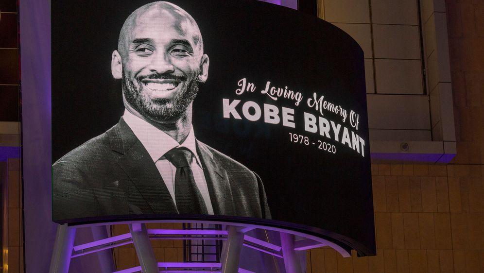 Verstarb nach einem tragischen Helikopter-Absturz: NBA-Legende Kobe Bryant - Bildquelle: Getty
