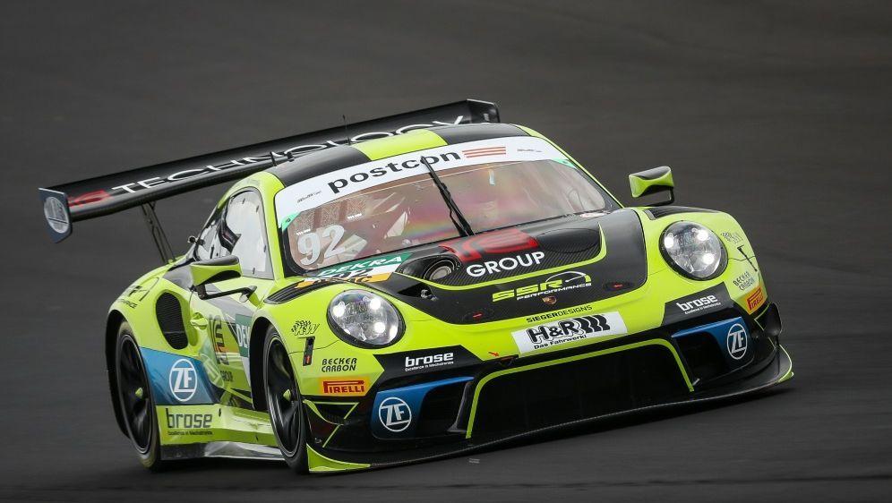 Erster Sieg: Michael Ammermüller und Christian Engelhart - Bildquelle: ADAC MotorsportADAC MotorsportADAC MotorsportGruppe C  Tim Upietz