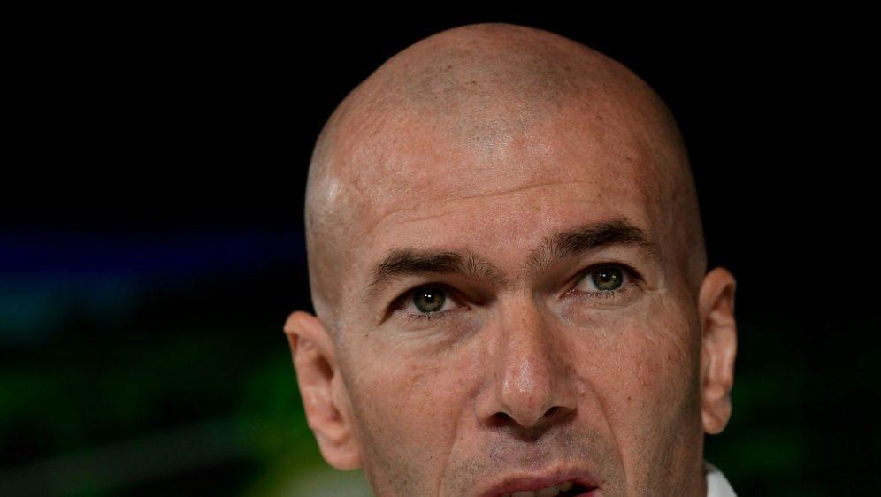 Vor den Duellen gegen City: Zidane lobt Guardiola - Bildquelle: AFPSIDJAVIER SORIANO