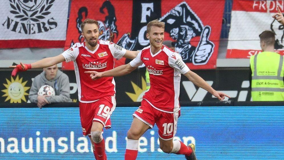 Andersson (r.) macht mit seinem Treffer den Sieg perfekt - Bildquelle: FIRO SPORTPHOTOFIRO SPORTPHOTOSID