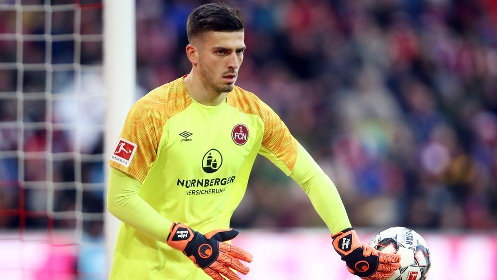 Fabian Bredlow wechselt von Nürnberg nach Stuttgart. - Bildquelle: Getty Images