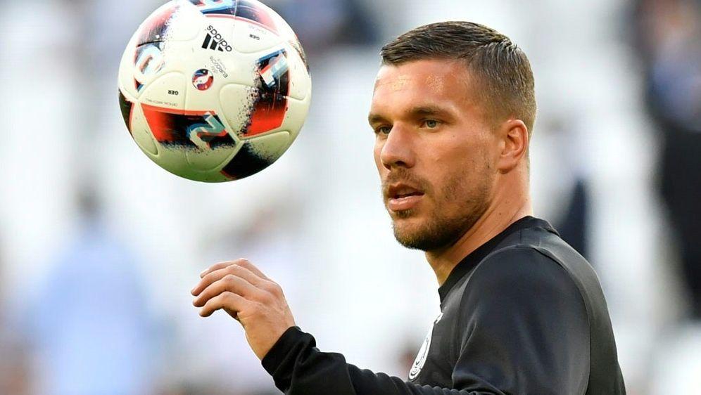 Podolski wurde in der 80. Minute eingewechselt - Bildquelle: AFPSIDGEORGES GOBET