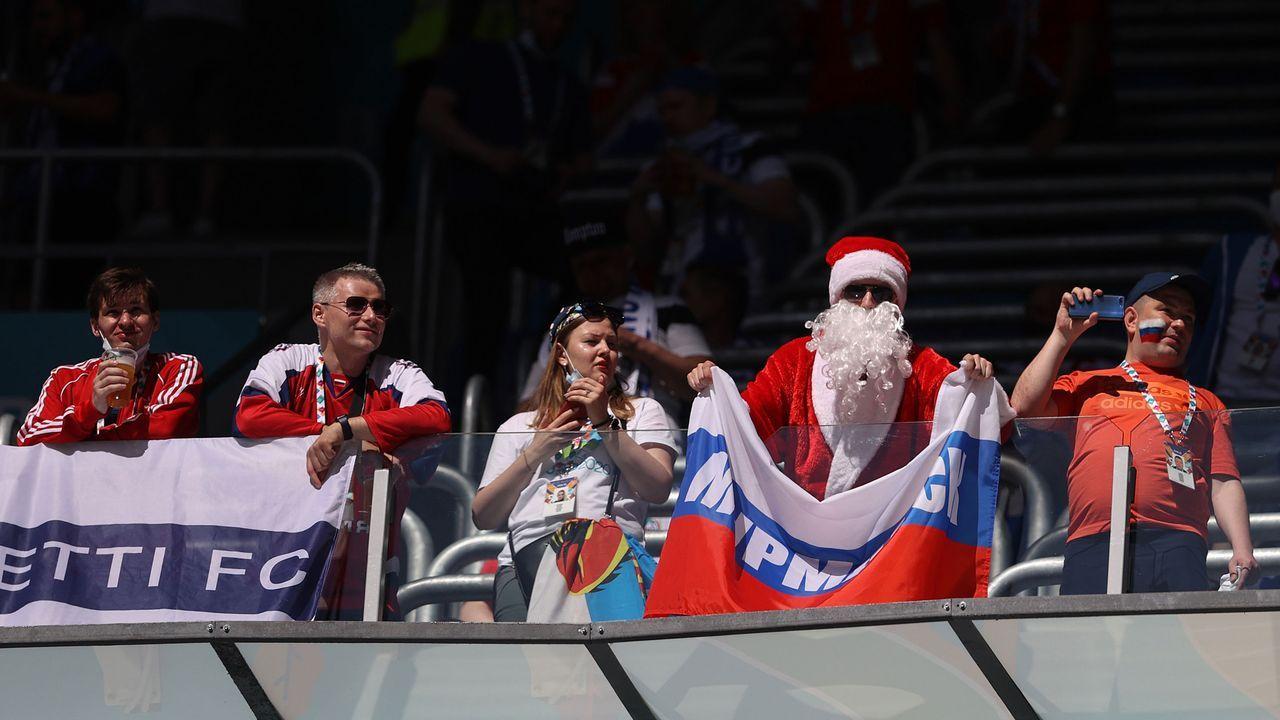 Der Weihnachtsmann ist ebenfalls im Haus - Bildquelle: 2021 Getty Images