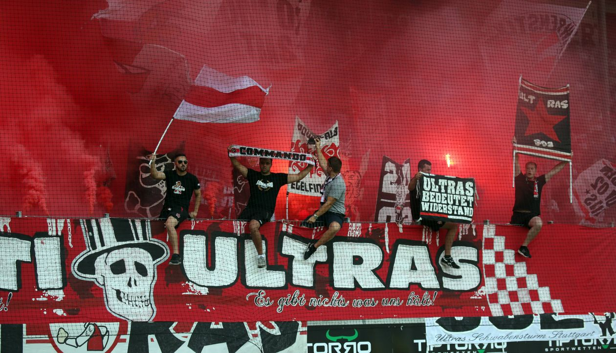 Platz 7: VfB Stuttgart - Bildquelle: imago images / Sportfoto Rudel