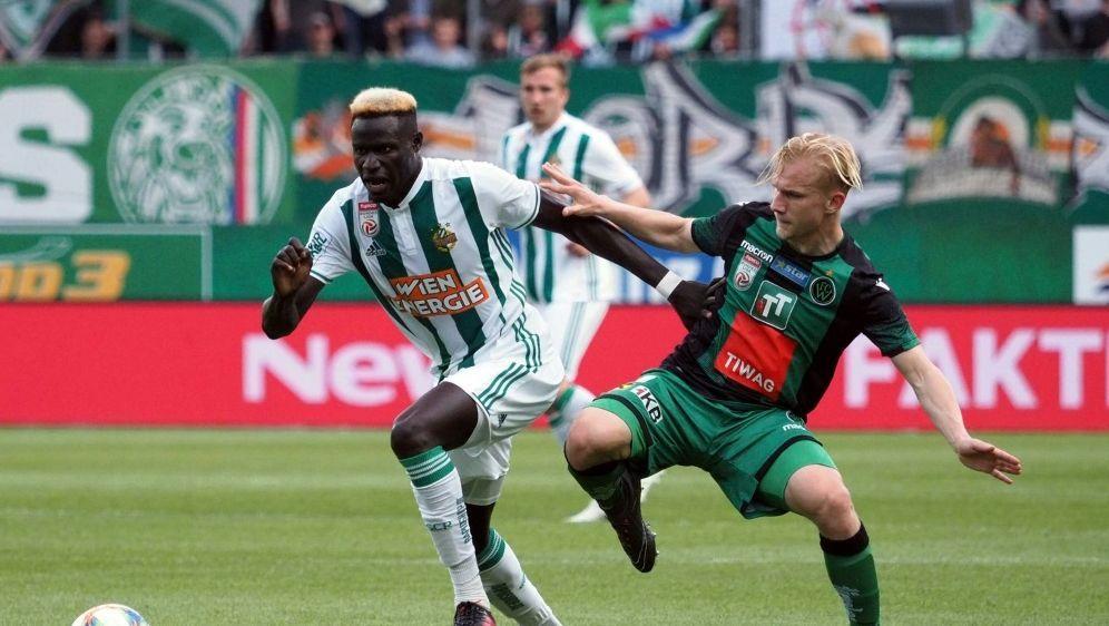 Bryan Henning (r.) wechselt zum VfL Osnabrück - Bildquelle: PIXATHLONPIXATHLONSID