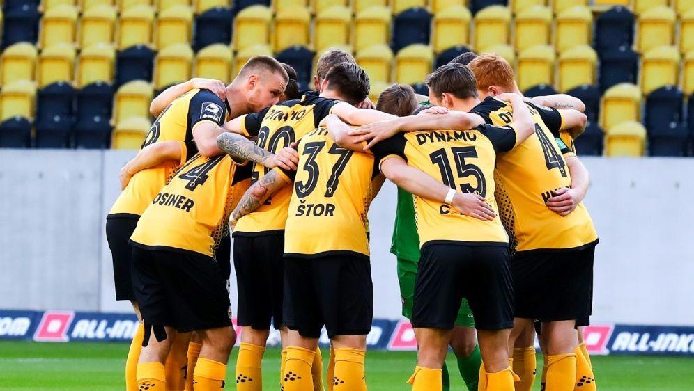 Dynamo Dresden steht wohl vor einer Spielverlegung - Bildquelle: FIROFIROSID