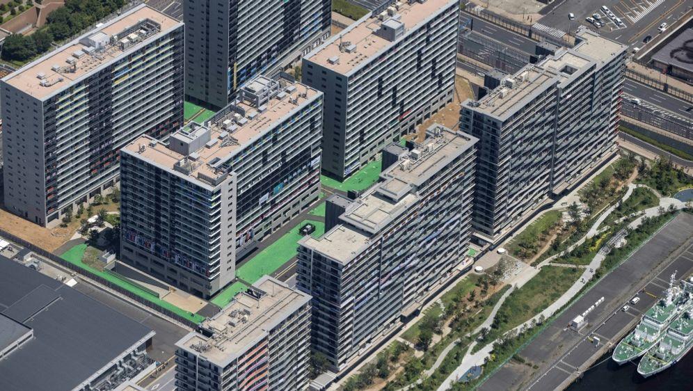 Eine Luftaufnahme vom olympischen Dorf - Bildquelle: AFPSIDBEHROUZ MEHRI