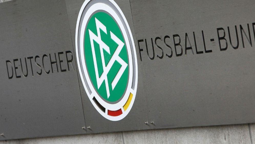 Der DFB setzt sich für Lockerungen im Amateurbereich ein - Bildquelle: AFPSIDDANIEL ROLAND