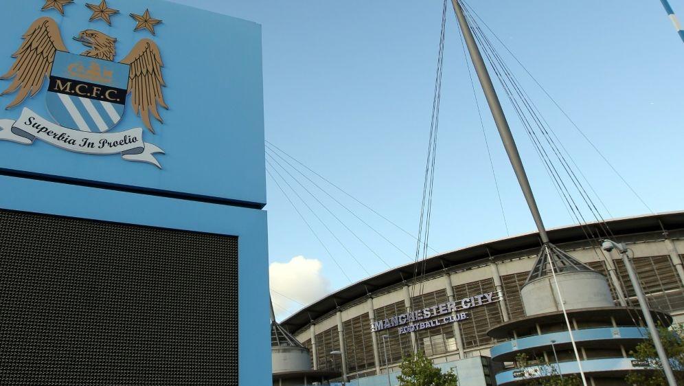 Manchester City erneut mit Rekordbilanz - Bildquelle: AFPSIDADRIAN DENNIS