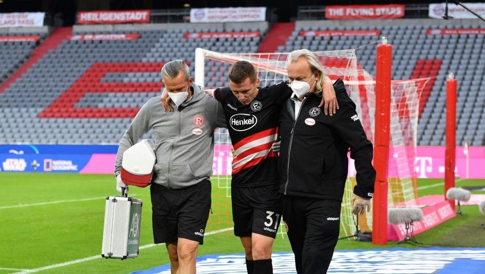 Marcel Sobottka (m.) verletzte sich gegen die Bayern - Bildquelle: FIROFIROSID